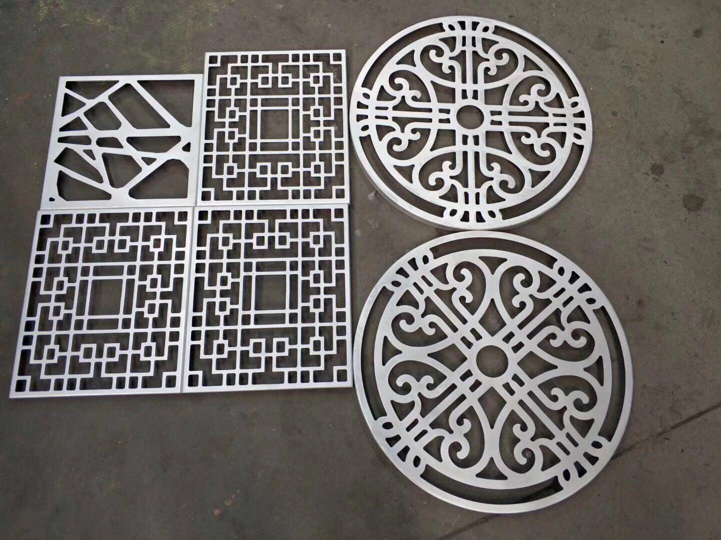 雕花鋁單板